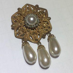 Vintage Miriam Haskell Flower Pearl Brooch Pin